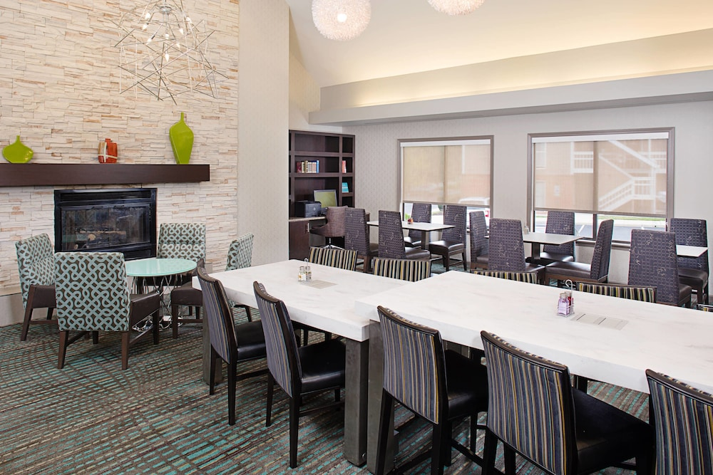 Breakfast Area, Residence Inn by Marriott Cherry Hill