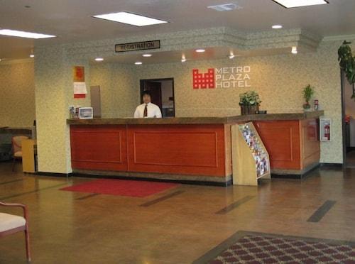 Amerikanischer Kühlschrank Metro : Metro plaza hotel los angeles empfehlungen fotos angebote