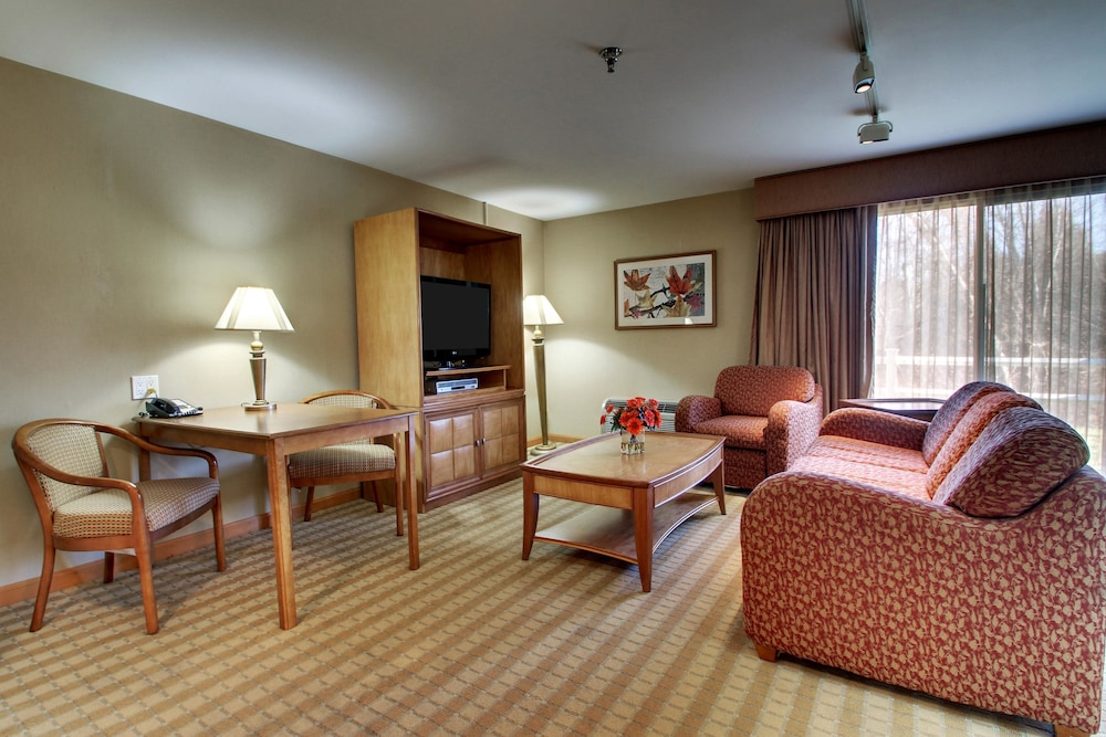 Room, Best Western At Historic Concord