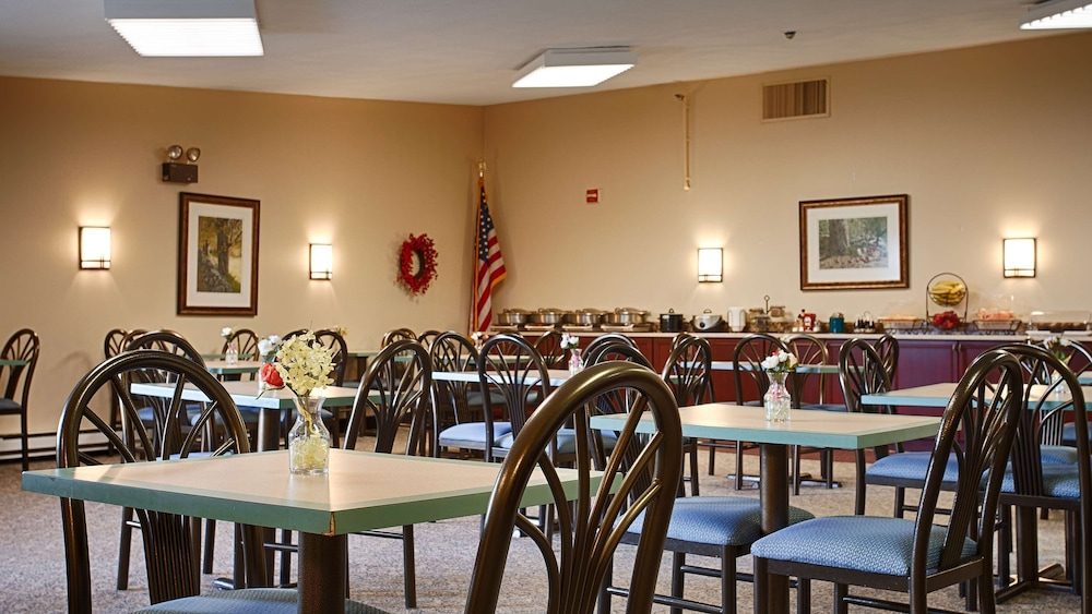 Restaurant, Best Western At Historic Concord
