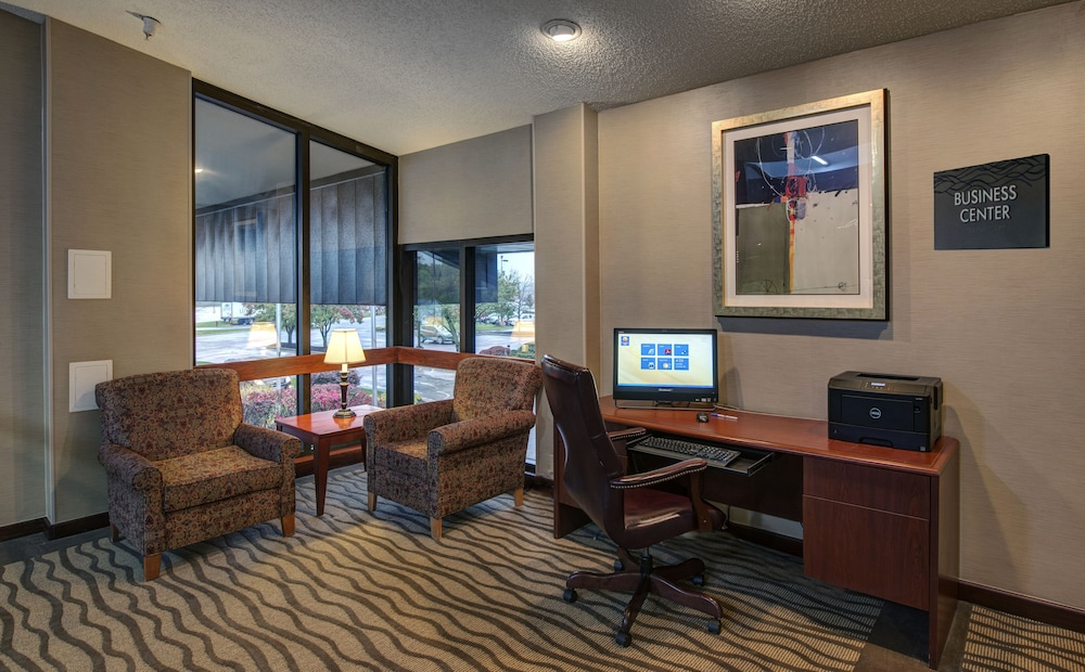 Property Amenity, Comfort Inn Hall of Fame