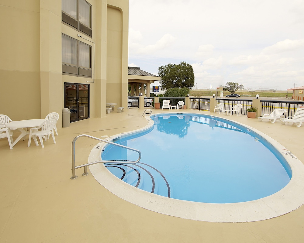 Comfort Inn Deals Reviews Wichita Falls Usa Wotif