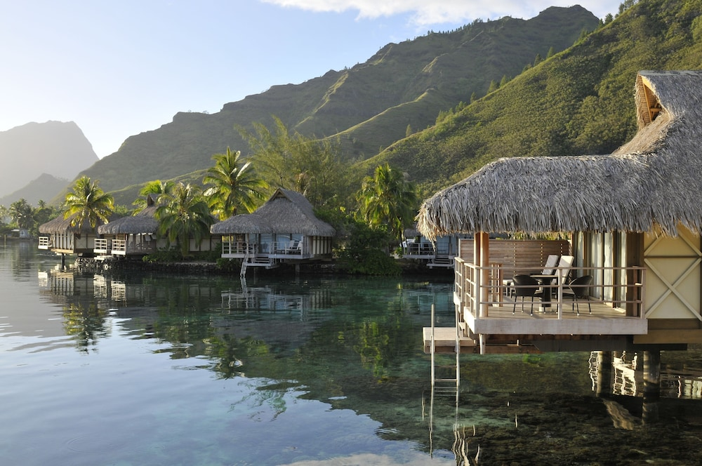 Beach/Ocean View, InterContinental Resort and Spa Moorea