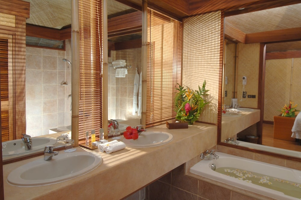 Bathroom, InterContinental Resort and Spa Moorea