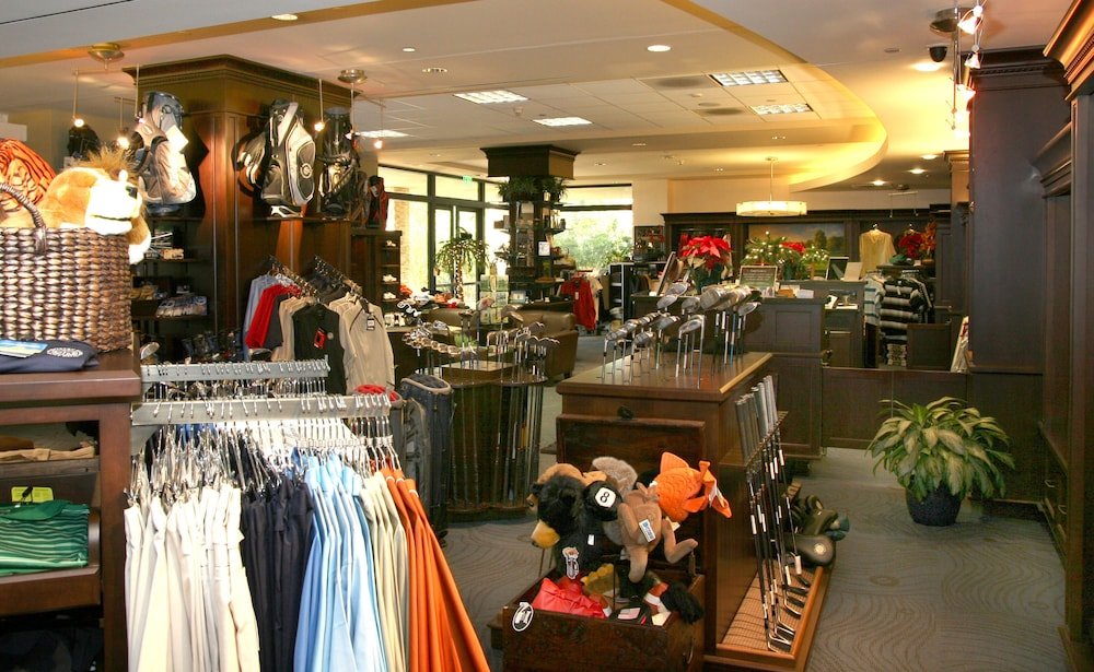 Pro Shop, Pacific Palms Resort
