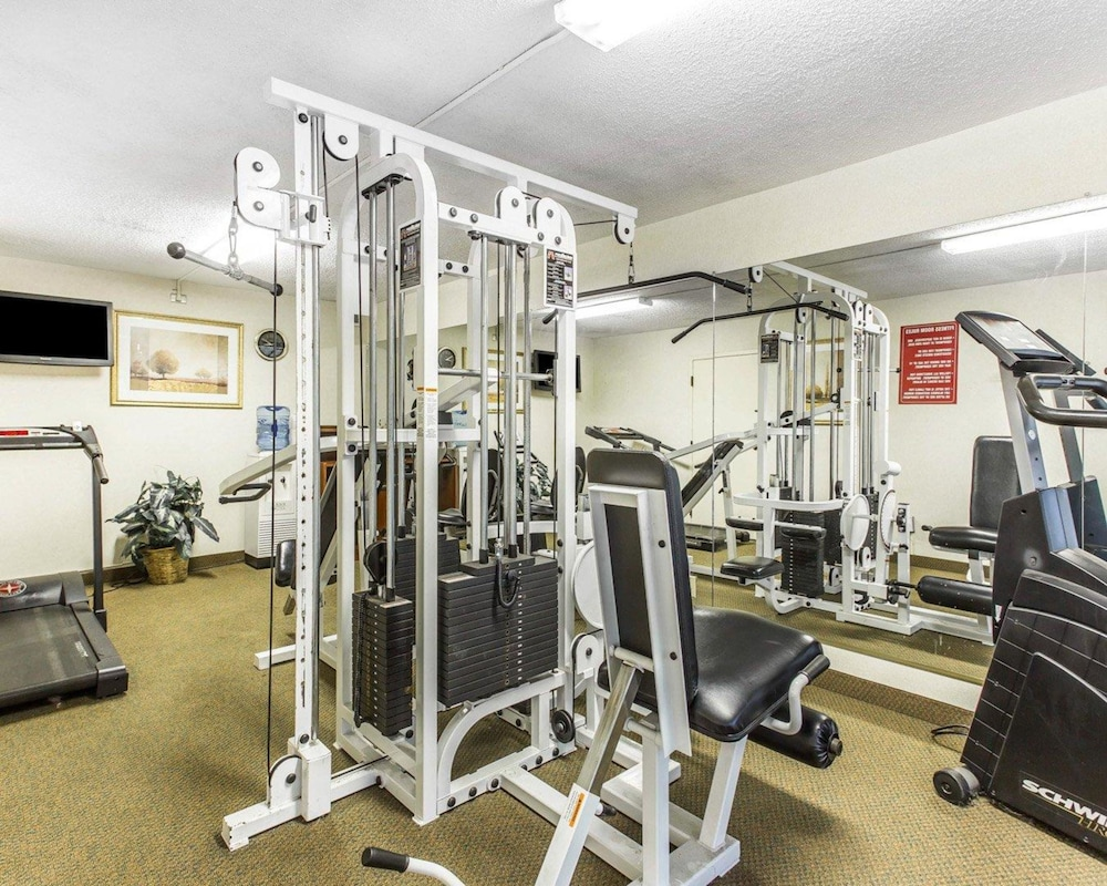 Fitness Facility, Quality Inn University