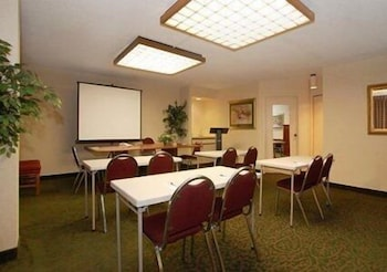 Meeting Facility, Quality Inn University