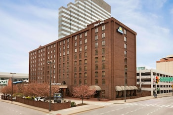 Days Inn by Wyndham Baltimore Inner Harbor