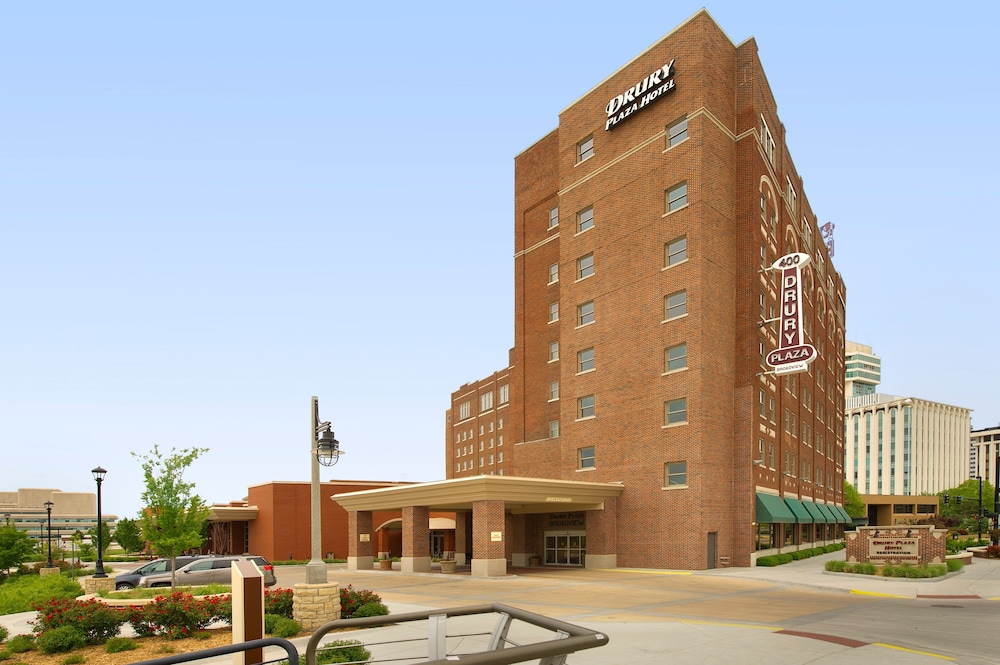 Front of Property, Drury Plaza Hotel Broadview - Wichita
