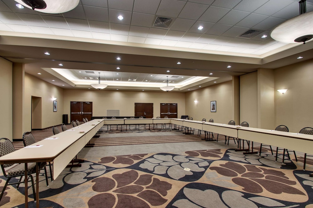 Ballroom, Drury Plaza Hotel Broadview - Wichita
