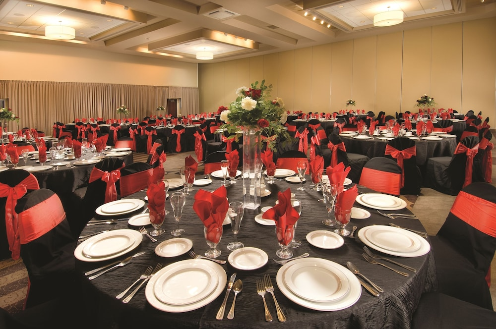 Banquet Hall, Drury Plaza Hotel Broadview - Wichita