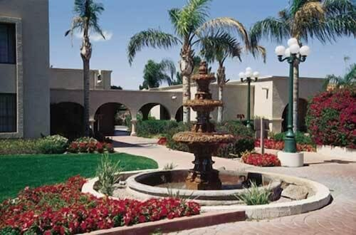 Courtyard, Dobson Ranch Inn and Suites, Mesa