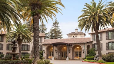 Embassy Suites Hotel® Napa Valley-Wine Country