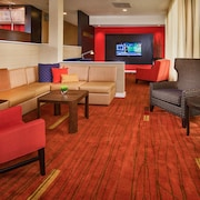 Courtyard by Marriott Hampton