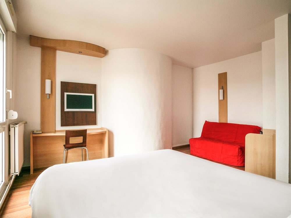 Ibis nancy sainte catherine nancy france expedia - Chambre agriculture meurthe et moselle ...