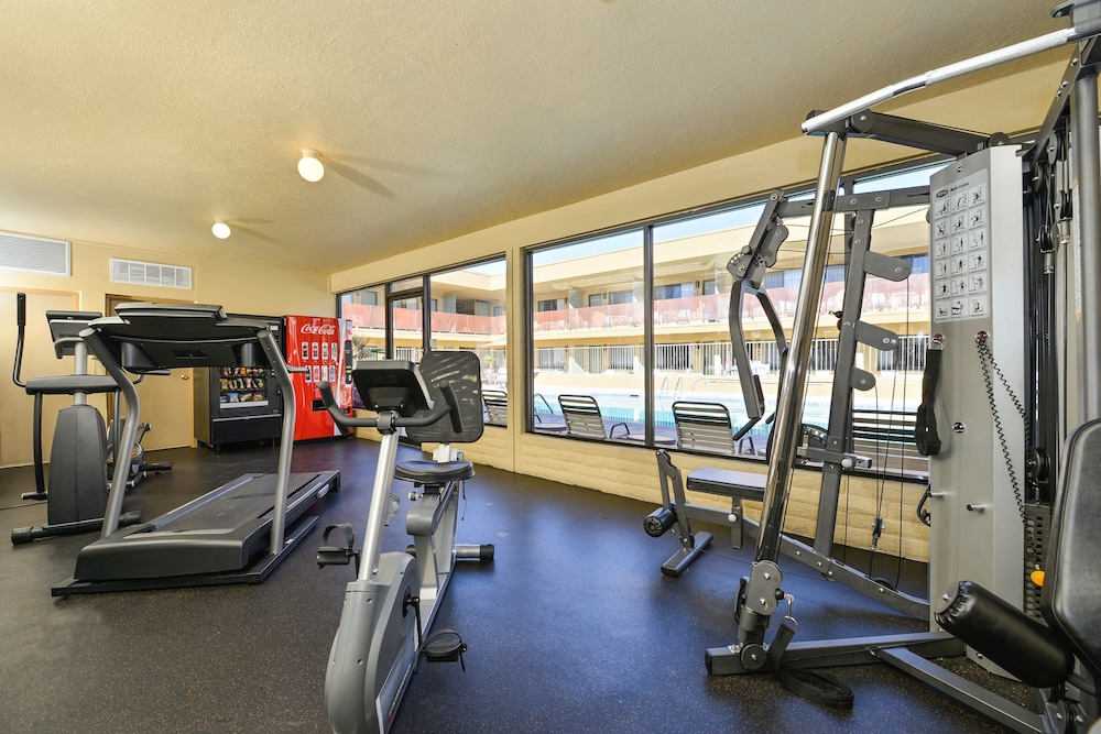 Fitness Facility, Best Western Royal Sun Inn & Suites