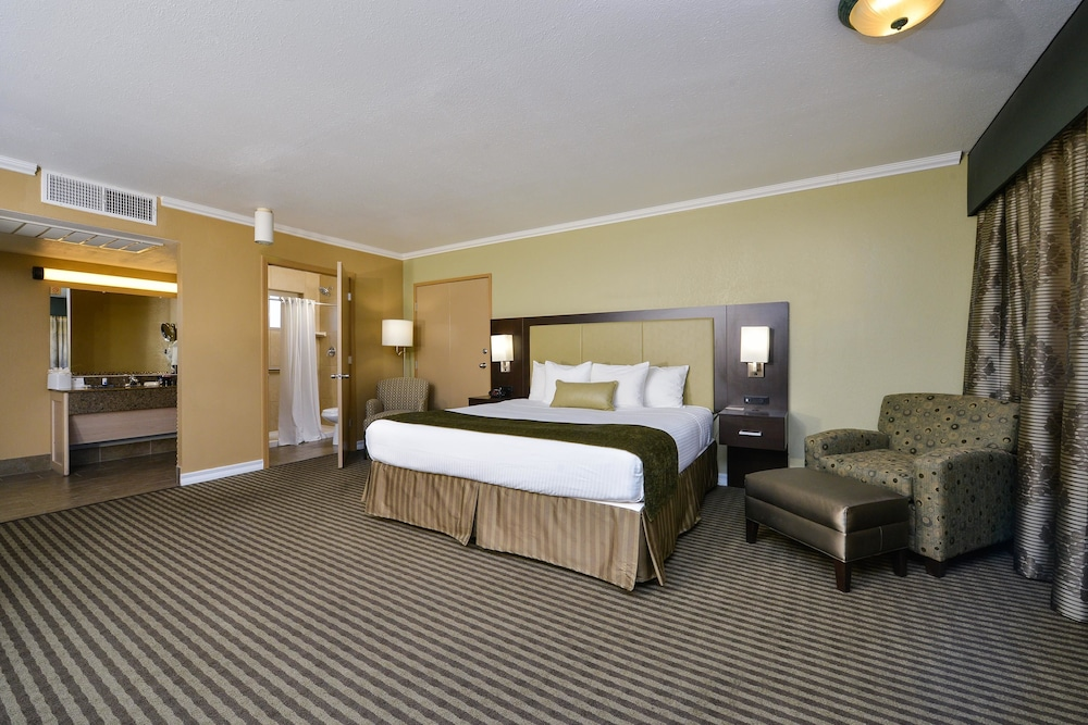 Room, Best Western Royal Sun Inn & Suites