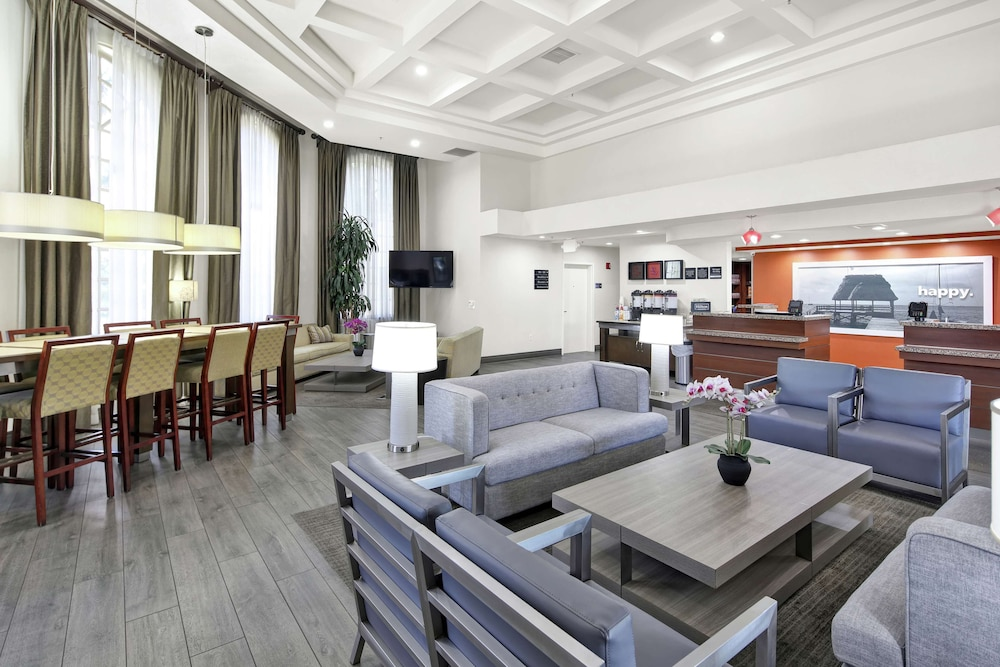 Reception, Hampton Inn and Suites Santa Ana/Orange County Airport