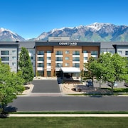 Courtyard by Marriott Sandy