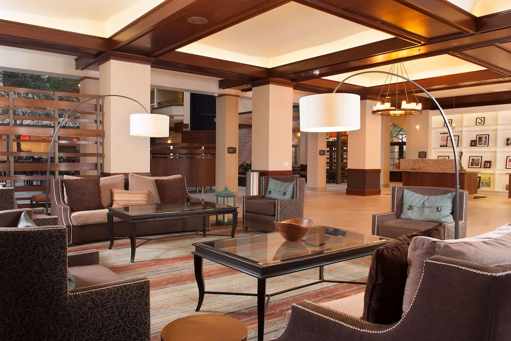 Lobby, Embassy Suites Hotel Nashville - Airport