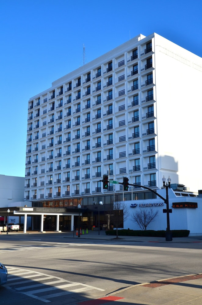 Pullman plaza hotel reviews photos rates for Pullman hotel