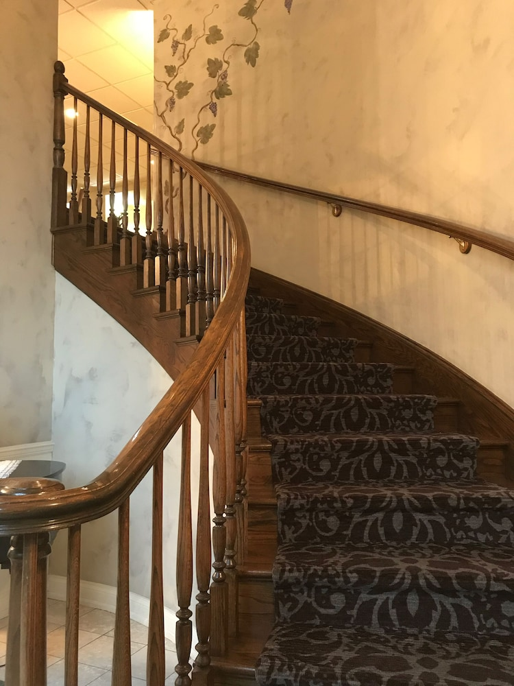 Staircase, Hotel Grand Victorian