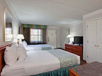Deluxe Room, 2 Double Beds, Refrigerator & Microwave