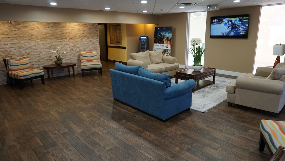 Lobby Sitting Area, Floridian Express Extended Stay Hotel