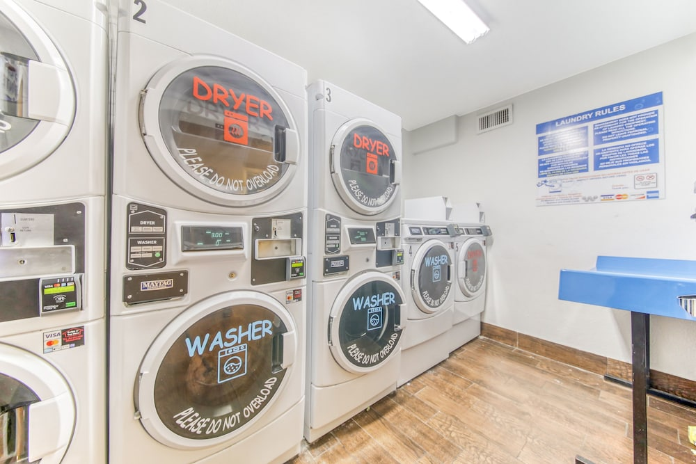 Laundry Room, Floridian Express Extended Stay Hotel