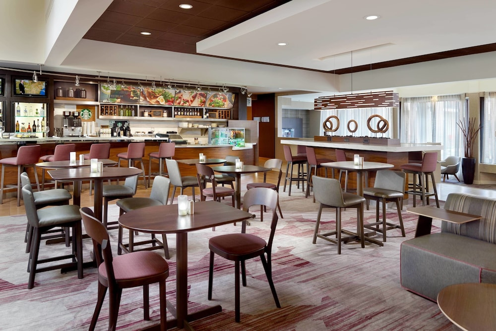 Restaurant, Courtyard by Marriott Raleigh Midtown