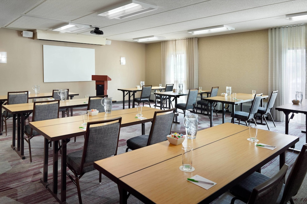 Meeting Facility, Courtyard by Marriott Raleigh Midtown