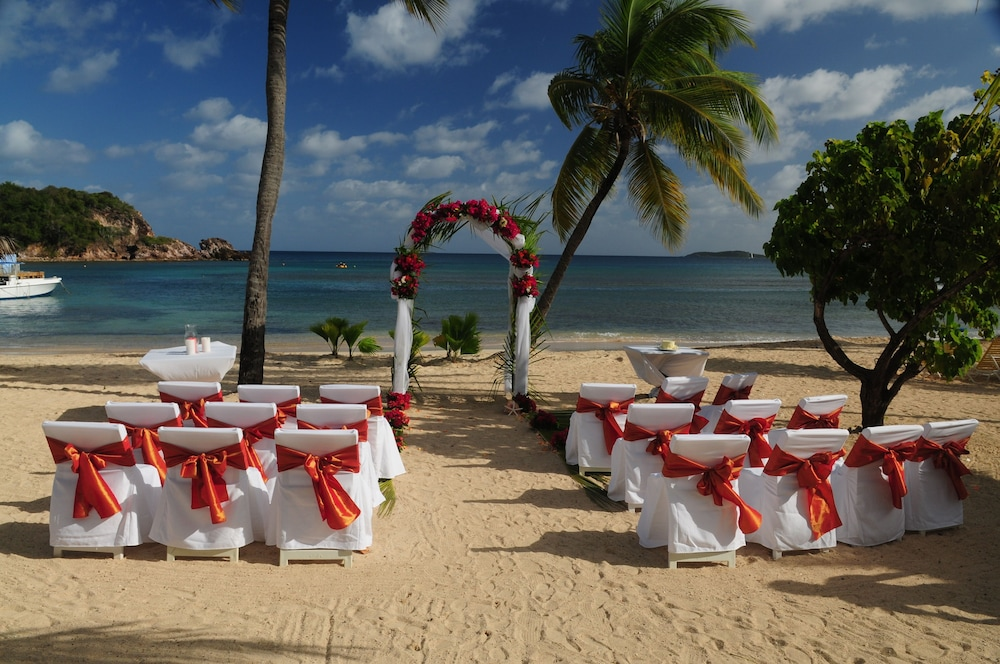 Outdoor Wedding Area, Bolongo Bay Beach Resort
