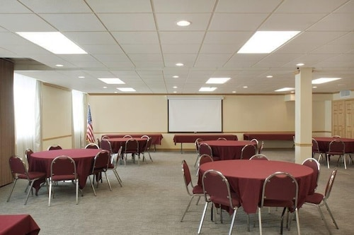 Meeting Facility, Surestay Plus by Best Western Syracuse Airport Htl
