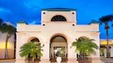 Travelodge Inn and Suites Orlando Airport - Orlando Hotels