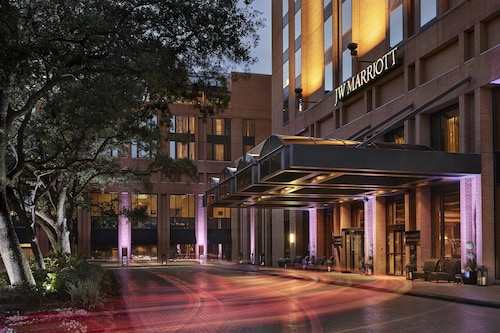 Check Expedia for Availability of JW Marriott Houston