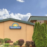 Days Inn by Wyndham Black Bear