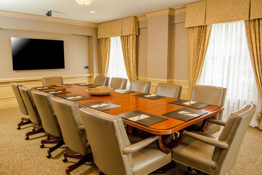 Meeting Facility, Mayflower Park Hotel