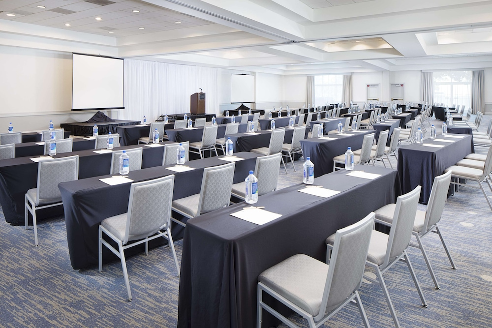 Ballroom, DoubleTree by Hilton Los Angeles - Commerce