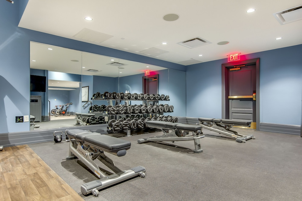 Fitness Facility, The Campbell House Lexington, Curio Collection by Hilton