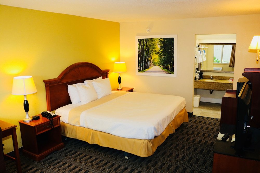 Room, Days Inn by Wyndham New Orleans Airport