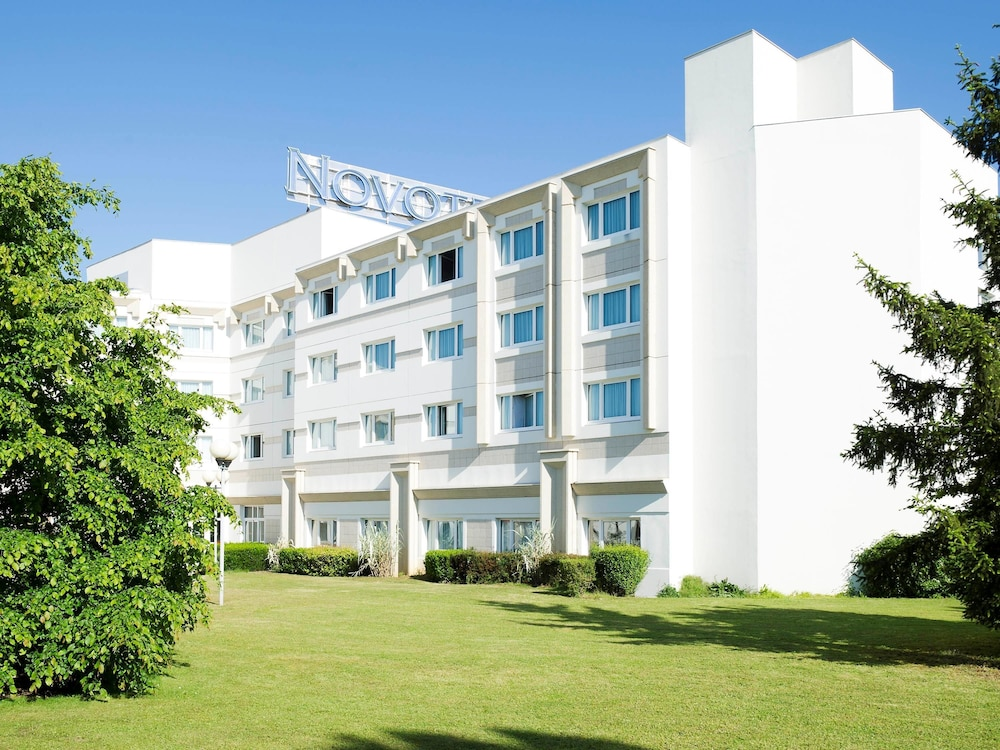 Novotel bourges bourges frankrijk expedia - Hotel pas cher bourges ...