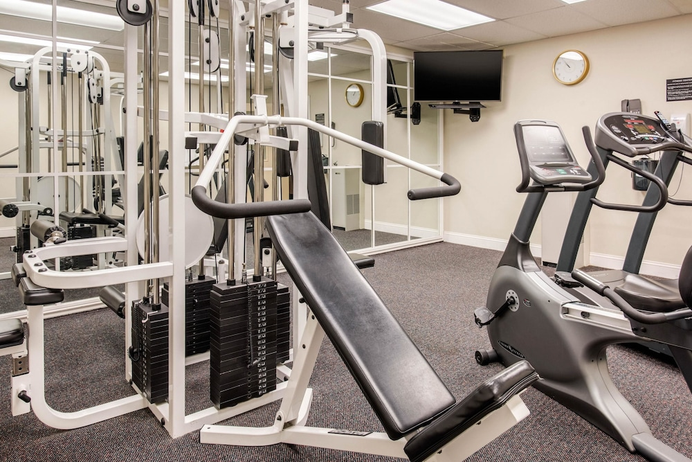 Fitness Facility, Quality Inn at Bangor Mall