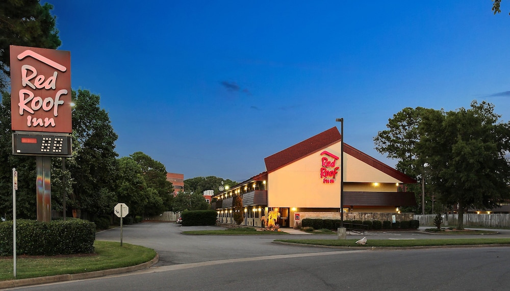 Exterior, Red Roof Inn Virginia Beach