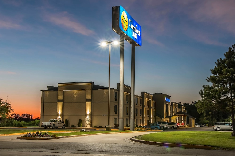 Amerikanischer Kühlschrank Metro : Comfort inn metro airport detroit hotelbewertungen expedia