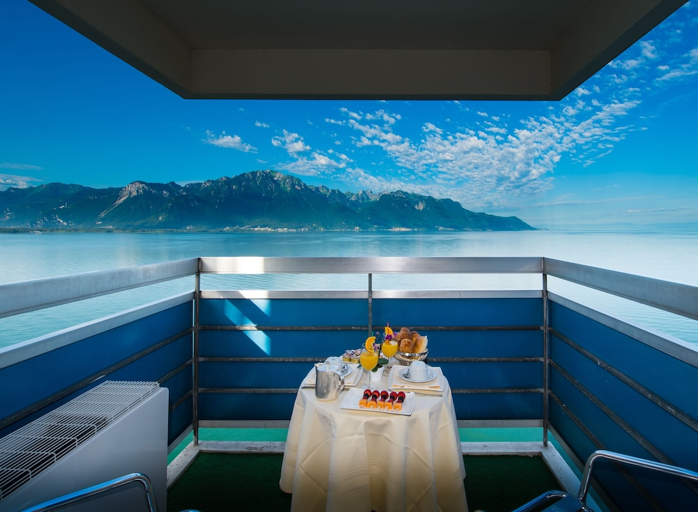 Balcony, Eurotel Montreux