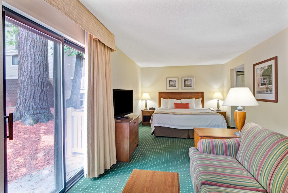 Hotels Near Merrimack Outlets Nh