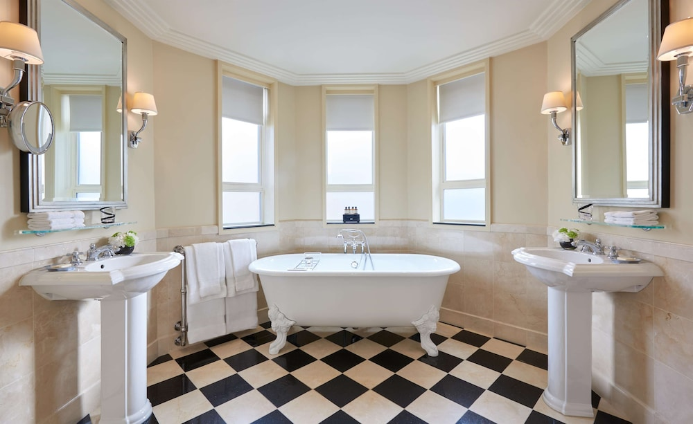 Bathroom, The Savoy