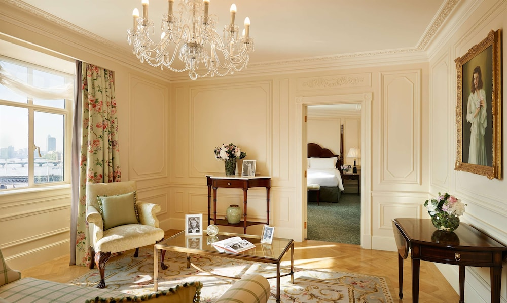 Room, The Savoy