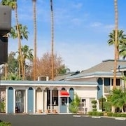 Travelodge Bakersfield