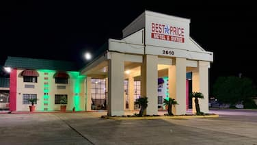 Best Price Motel and Suites
